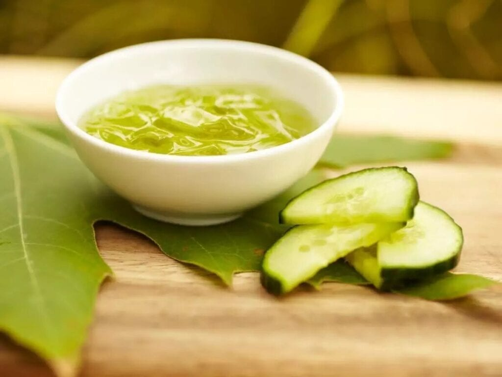 cucumber paste - home remedies for glowing skin