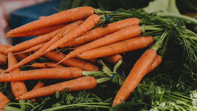 Tips to keep fruits and veggies fresh in the refrigerator